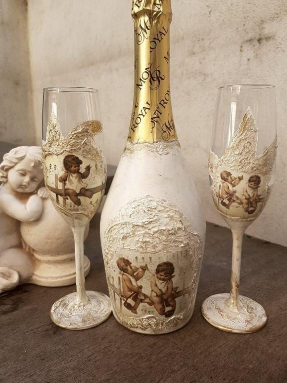 Шампанско комплект с чаши Пияните ангелчета