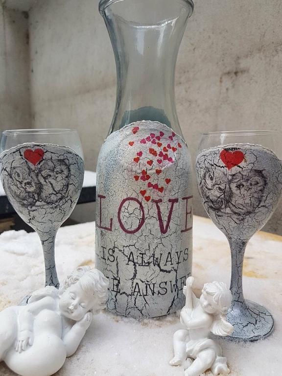 Гарaфа за вино с чаши Влюбени бухалчета
